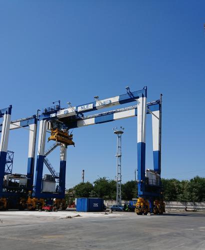 Капитально-восстановительный ремонт контейнерного перегружателя на пневмоколесном ходу RTG
